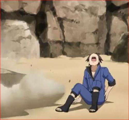 アニメBORUTO69話、爆発の衝撃で下に落ちて腰を打つトマル
